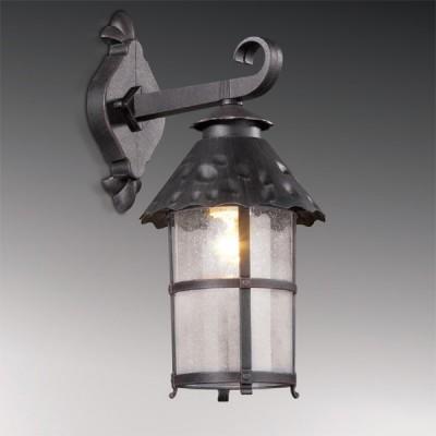 Светильник настенный Odeon light 2313/1W тем. коричневый LumiНастенные<br>Высококачественный уличный фонарь представлен итальянскими производителями. Это настенное экстерьерное изделие Odeon light 2313/1W, выполненное в манере сказочного превосходства, когда Вы можете перенестись в отдельный мир необычной эстетики. Изогнутая конструкция фонаря образует гармоничный силуэт, дополненный оригинальной стеклянной огранкой, напоминающей по форме уютный домик с окнами яркого сияния. Тёмно-коричневый цвет светильника Odeon light 2313/1W позволит вписать его практически в любой экстерьер, ведь это один из лучших универсальных оттенков для придомовых экспозиций. Вы останетесь довольны столь выгодным приобретением и его долгим служением Вашему комфорту.<br><br>S освещ. до, м2: до 4<br>Тип лампы: накаливания / энергосбережения / LED-светодиодная<br>Тип цоколя: E27<br>Количество ламп: 1<br>Ширина, мм: 186<br>MAX мощность ламп, Вт: 60<br>Расстояние от стены, мм: 238<br>Высота, мм: 410<br>Цвет арматуры: коричневый