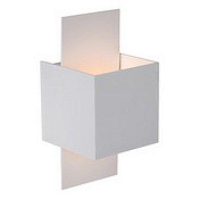 Светильник бра Lucide 23208/31/31 CUBOБра хай тек стиля<br><br><br>S освещ. до, м2: 2<br>Тип лампы: галогенная / LED-светодиодная<br>Тип цоколя: G9<br>Цвет арматуры: белый<br>Количество ламп: 1<br>Ширина, мм: 76<br>Длина, мм: 76<br>Высота, мм: 180/76<br>MAX мощность ламп, Вт: 40
