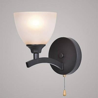 Евросвет 260/1Модерн<br><br><br>Тип лампы: Накаливания / энергосбережения / светодиодная<br>Тип цоколя: E27<br>Количество ламп: 1<br>Ширина, мм: 150<br>MAX мощность ламп, Вт: 60<br>Расстояние от стены, мм: 250<br>Высота, мм: 215