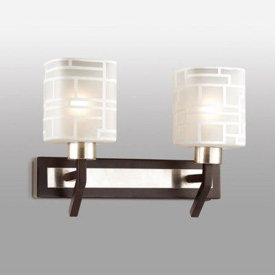 Светильник Odeon light 2615/2Wсовременные бра модерн<br>Настенное бра Odeon light 2615/2W очень привлекательно благодаря своей тактичной наполненности. В изделии нет ни единой лишней детали, нагромождающих элементов или безвкусной вычурности. Важным преимуществом настенного бра Odeon light 2615/2W является натуральное дерево, использованное в отдельных деталях. Тёмный цвет материала делает изделие стильным и благородным. Компактные размеры бра станут настоящей находкой для небольших интерьерных зон. В просторных помещениях изделие также будет выигрышно и гармонично смотреться. За всё это отвечает ультрамодный стиль модерн. Сразу обратите внимание на декоративную отделку двух стеклянных плафонов. Она превращает изделие в прекрасный аксессуар света. Настало время выбирать модный стиль в формате модерн, а значит и настенное бра Odeon light 2615/2W!<br><br>S освещ. до, м2: 6<br>Тип цоколя: E14<br>Цвет арматуры: серый<br>Количество ламп: 2<br>Длина, мм: 300<br>Высота, мм: 170<br>Оттенок (цвет): белый<br>MAX мощность ламп, Вт: 40