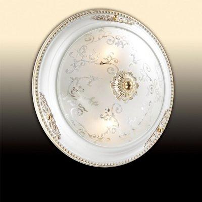 Светильник Odeon light 2670/2Cкруглые светильники<br>Настенно-потолочные светильники – это универсальные осветительные варианты, которые подходят для вертикального и горизонтального монтажа. В интернет-магазине «Светодом» Вы можете приобрести подобные модели по выгодной стоимости. В нашем каталоге представлены как бюджетные варианты, так и эксклюзивные изделия от производителей, которые уже давно заслужили доверие дизайнеров и простых покупателей. <br>Настенно-потолочный светильник Odeon light 2670/2C станет прекрасным дополнением к основному освещению. Благодаря качественному исполнению и применению современных технологий при производстве эта модель будет радовать Вас своим привлекательным внешним видом долгое время. <br>Приобрести настенно-потолочный светильник Odeon light 2670/2C можно, находясь в любой точке России.<br><br>S освещ. до, м2: 8<br>Тип цоколя: E27<br>Цвет арматуры: белый с золотистой патиной<br>Количество ламп: 2<br>Диаметр, мм мм: 300<br>Высота, мм: 100<br>Оттенок (цвет): белый<br>MAX мощность ламп, Вт: 60