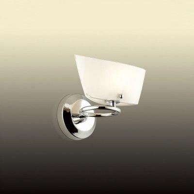 Светильник Odeon light 2679/1WСовременные<br><br><br>S освещ. до, м2: 3<br>Тип цоколя: G9<br>Количество ламп: 1<br>Ширина, мм: 200<br>MAX мощность ламп, Вт: 40<br>Высота, мм: 160<br>Оттенок (цвет): белый<br>Цвет арматуры: серебристый