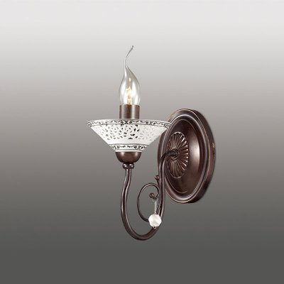 Настенный светильник odeon light 2699/1W REYФлористика<br><br><br>S освещ. до, м2: 4<br>Тип лампы: накаливания / энергосбережения / LED-светодиодная<br>Тип цоколя: E14<br>Цвет арматуры: коричневый<br>Количество ламп: 1<br>Ширина, мм: 130<br>Расстояние от стены, мм: 130<br>Высота, мм: 220<br>MAX мощность ламп, Вт: 60