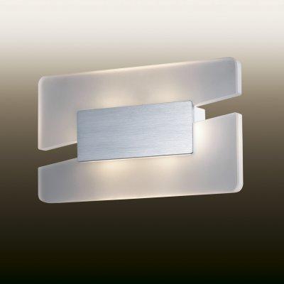 Настенный светильник odeon light 2721/6WL AMAFOХай-тек<br><br><br>S освещ. до, м2: 0<br>Тип лампы: LED - светодиодная<br>Тип цоколя: LED<br>Количество ламп: 1<br>Ширина, мм: 260<br>MAX мощность ламп, Вт: 6<br>Расстояние от стены, мм: 60<br>Высота, мм: 156<br>Цвет арматуры: серый