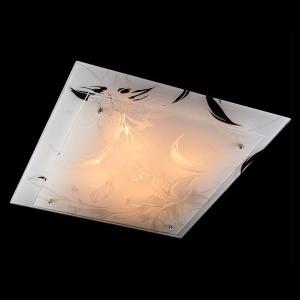 Светильник Евросвет 2729/4 хромКвадратные<br>Настенно-потолочные светильники – это универсальные осветительные варианты, которые подходят для вертикального и горизонтального монтажа. В интернет-магазине «Светодом» Вы можете приобрести подобные модели по выгодной стоимости. В нашем каталоге представлены как бюджетные варианты, так и эксклюзивные изделия от производителей, которые уже давно заслужили доверие дизайнеров и простых покупателей.  Настенно-потолочный светильник Евросвет 2729/4 станет прекрасным дополнением к основному освещению. Благодаря качественному исполнению и применению современных технологий при производстве эта модель будет радовать Вас своим привлекательным внешним видом долгое время. Приобрести настенно-потолочный светильник Евросвет 2729/4 можно, находясь в любой точке России.<br><br>S освещ. до, м2: 16<br>Тип лампы: накаливания / энергосбережения / LED-светодиодная<br>Тип цоколя: E27<br>Количество ламп: 4<br>Ширина, мм: 500<br>MAX мощность ламп, Вт: 60<br>Длина, мм: 500<br>Высота, мм: 80<br>Цвет арматуры: серебристый