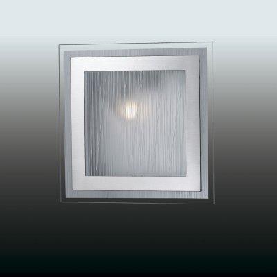 Настенно-потолочный светильник odeon light 2737/1W ULENКвадратные<br>Настенно-потолочные светильники – это универсальные осветительные варианты, которые подходят для вертикального и горизонтального монтажа. В интернет-магазине «Светодом» Вы можете приобрести подобные модели по выгодной стоимости. В нашем каталоге представлены как бюджетные варианты, так и эксклюзивные изделия от производителей, которые уже давно заслужили доверие дизайнеров и простых покупателей.  Настенно-потолочный светильник Odeon light 2737/1W станет прекрасным дополнением к основному освещению. Благодаря качественному исполнению и применению современных технологий при производстве эта модель будет радовать Вас своим привлекательным внешним видом долгое время. Приобрести настенно-потолочный светильник Odeon light 2737/1W можно, находясь в любой точке России.<br><br>S освещ. до, м2: 4<br>Тип лампы: накаливания / энергосбережения / LED-светодиодная<br>Тип цоколя: E27<br>Количество ламп: 1<br>Ширина, мм: 235<br>MAX мощность ламп, Вт: 60<br>Расстояние от стены, мм: 75<br>Высота, мм: 235<br>Цвет арматуры: серый
