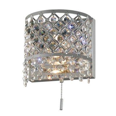 Бра Диамант 3-2501-2-CR-LED G4 МаксисветОжидается<br>Бра МАКСИСВЕТ из коллекции Диамант с декором их хрусталя и металлическим каркасом и светодиодной подсветкой белого цвета. Общая мощность 40 Вт.<br><br>S освещ. до, м2: 2<br>Тип цоколя: G4<br>Цвет арматуры: Хром<br>Количество ламп: 2<br>Ширина, мм: 130<br>Высота полная, мм: 250<br>Длина, мм: 180<br>Оттенок (цвет): Серебро