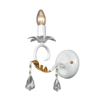 Бра Классика 3-3866-1-WH E14 МаксисветОжидается<br>Элегантный каркас белого цвета украшен золотыми лепестками и хрустальными подвесками.<br>Бра прекрасно подойдет в интерьер, оформленный как в классическом стиле, так и в стиле Прованс, в качестве основного освещения рассмотрите люстру этой серии (арт. 2-3866-5-WH E14), главной изюминкой которой являются фарфоровые фигурки ангелов, как будто парящие в воздухе.<br>Стилевые решения интерьера: классика, прованс.<br>Тип помещения: столовая, гостиная, спальная.<br><br>S освещ. до, м2: 3<br>Тип цоколя: E14<br>Цвет арматуры: Белый<br>Количество ламп: 1<br>Ширина, мм: 190<br>Высота полная, мм: 220<br>Длина, мм: 120