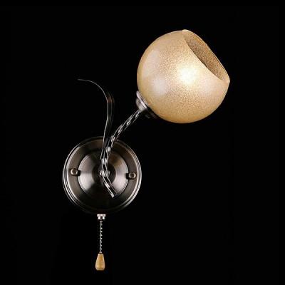 Светильник Евросвет 30046/1 античная бронзаМодерн<br><br><br>Тип лампы: Накаливания / энергосбережения / светодиодная<br>Тип цоколя: E27<br>Количество ламп: 1<br>Ширина, мм: 140<br>MAX мощность ламп, Вт: 60<br>Длина, мм: 125<br>Высота, мм: 280<br>Цвет арматуры: бронзовый