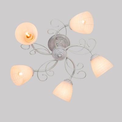 Светильник Евросвет 30097/5 белый с серебромПотолочные<br>Компания «Светодом» предлагает широкий ассортимент люстр от известных производителей. Представленные в нашем каталоге товары выполнены из современных материалов и обладают отличным качеством. Благодаря широкому ассортименту Вы сможете найти у нас люстру под любой интерьер. Мы предлагаем как классические варианты, так и современные модели, отличающиеся лаконичностью и простотой форм.  Стильная люстра Евросвет 30097/5 станет украшением любого дома. Эта модель от известного производителя не оставит равнодушным ценителей красивых и оригинальных предметов интерьера. Люстра Евросвет 30097/5 обеспечит равномерное распределение света по всей комнате. При выборе обратите внимание на характеристики, позволяющие приобрести наиболее подходящую модель. Купить понравившуюся люстру по доступной цене Вы можете в интернет-магазине «Светодом». Мы предлагаем доставку не только по Москве и Екатеринбурге, но и по всей России.<br><br>S освещ. до, м2: 15<br>Тип лампы: Накаливания / энергосбережения / светодиодная<br>Тип цоколя: E27<br>Количество ламп: 5<br>MAX мощность ламп, Вт: 60<br>Диаметр, мм мм: 520<br>Высота, мм: 240<br>Цвет арматуры: белый