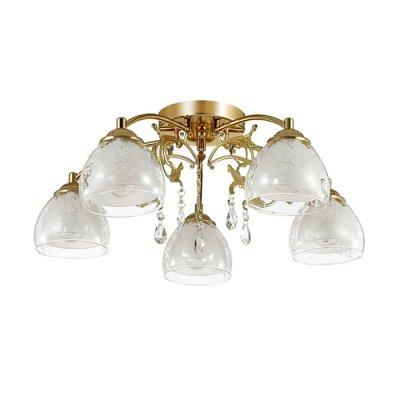 Люстра потолочная Lumion 3072/5C MARLONAПотолочные<br>Люстра потолочная 3072/5C серии Marlona оформлена в современном стиле. Люстра состоит из плафонов, изготовленных из двойного стекла, нижняя часть которого матовая, а верхняя - прозрачная с вензельным рисунком, и арматуры цвета золото, украшенной подвесками из хрусталя. Данная модель отлично подойдет как для классического интерьера за счет цвета, так и для современного за счет формы и плафонов. Цоколь E14. Мощность 5x40W. Нет ламп в комплекте.<br><br>Установка на натяжной потолок: Да<br>S освещ. до, м2: 10<br>Крепление: Потолочное<br>Тип лампы: накаливания / энергосбережения / LED-светодиодная<br>Тип цоколя: E14<br>Цвет арматуры: Золотой<br>Количество ламп: 5<br>Ширина, мм: 600<br>Диаметр, мм мм: 600<br>Длина, мм: 600<br>Высота, мм: 200<br>MAX мощность ламп, Вт: 40