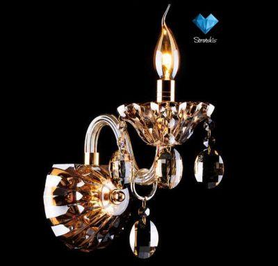 Светильник бра Евросвет 3162/1Хрустальные<br><br><br>S освещ. до, м2: 2<br>Тип лампы: накаливания / энергосбережения / LED-светодиодная<br>Тип цоколя: E14<br>Количество ламп: 1<br>Ширина, мм: 250<br>MAX мощность ламп, Вт: 60<br>Длина, мм: 240<br>Высота, мм: 230<br>Цвет арматуры: золотой