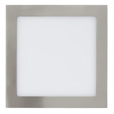 Eglo FUEVA 1 31677 Встраиваемые и накладные светильникиКвадратные<br>Встраиваемые светильники – популярное осветительное оборудование, которое можно использовать в качестве основного источника или в дополнение к люстре. Они позволяют создать нужную атмосферу атмосферу и привнести в интерьер уют и комфорт.   Интернет-магазин «Светодом» предлагает стильный встраиваемый светильник Eglo 31677. Данная модель достаточно универсальна, поэтому подойдет практически под любой интерьер. Перед покупкой не забудьте ознакомиться с техническими параметрами, чтобы узнать тип цоколя, площадь освещения и другие важные характеристики.   Приобрести встраиваемый светильник Eglo 31677 в нашем онлайн-магазине Вы можете либо с помощью «Корзины», либо по контактным номерам. Мы развозим заказы по Москве, Екатеринбургу и остальным российским городам.<br><br>Цветовая t, К: 3000 (теплый белый)<br>Тип цоколя: LED<br>Ширина, мм: 225<br>MAX мощность ламп, Вт: 29<br>Размеры основания, мм: 0<br>Диаметр врезного отверстия, мм: 25<br>Длина, мм: 225<br>Цвет арматуры: серебристый<br>Общая мощность, Вт: 16,47W