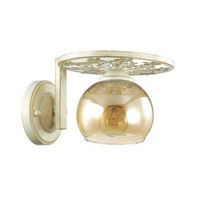 Настенный светильник бра Lumion 3234/1W LUNETTСовременные<br>Бра 3234/1W серии Lunett оформлена в современном стиле. Светильник состоит из стеклянного плафона и белой с золотой патиной арматуры, украшенной резными элементами. Данная модель имеет оригинальный дизайн, который очень привлекательно смотрится. Цоколь E14. Мощность 1x40W. Нет ламп в комплекте.<br><br>Крепление: Настенное<br>Тип лампы: накаливания / энергосбережения / LED-светодиодная<br>Тип цоколя: E14<br>Цвет арматуры: белый с патиной<br>Количество ламп: 1<br>Ширина, мм: 220<br>Диаметр, мм мм: 220<br>Длина, мм: 220<br>Высота, мм: 145<br>MAX мощность ламп, Вт: 40