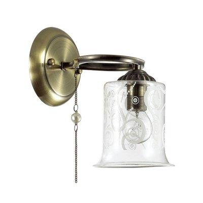 Настенный светильник бра Lumion 3242/1W OTALIAклассические бра<br>Бра 3242/1W серии Otalia оформлена в классическом стиле. Светильник состоит из стеклянного плафона с вензельным рисунком и арматуры бронзового цвета, украшенной цепочкой с бусиной под жемчуг. Оригинальная форма арматуры, а также скромная элегантность цепочек позволяет назвать данную модель одной из самых интересных в коллекции. Цоколь E14. Мощность 1x60W. Нет ламп в комплекте.<br><br>Крепление: Настенное<br>Тип лампы: накаливания / энергосбережения / LED-светодиодная<br>Тип цоколя: E14<br>Цвет арматуры: бронзовый<br>Количество ламп: 1<br>Ширина, мм: 120<br>Диаметр, мм мм: 200<br>Длина, мм: 200<br>Высота, мм: 210<br>MAX мощность ламп, Вт: 60