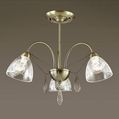 Светильник Lumion 3291/3CПотолочные<br>Серия Floretta - будет дарить радость  словно нежный весенний цветочный букет. В серии используется стеклянный плафон с нанесенным кружевным  матовым орнаментом и тончайшая ажурная подвеска.<br><br>Установка на натяжной потолок: Да<br>S освещ. до, м2: 9<br>Крепление: Потолочное<br>Тип лампы: Накаливания / энергосбережения / светодиодная<br>Тип цоколя: E14<br>Количество ламп: 3<br>Диаметр, мм мм: 570<br>Высота, мм: 450<br>MAX мощность ламп, Вт: 60
