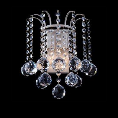 Светильник Eurosvet 3299/2 белый с золотом/прозрачный хрустальХрустальные<br><br><br>S освещ. до, м2: 8<br>Тип лампы: накаливания / энергосбережения / LED-светодиодная<br>Тип цоколя: E14<br>Количество ламп: 2<br>Ширина, мм: 150<br>MAX мощность ламп, Вт: 60<br>Расстояние от стены, мм: 220<br>Высота, мм: 250<br>Цвет арматуры: белый с золотистой патиной