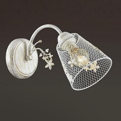Светильник Lumion 3304/1WФлористика<br>Серия Lea  создана дарить легкое весеннее настроение. В ней используются утонченные  декоры в виде цветов, идущие от центральной чаши и на плафонах из тонкой металлической сетки.  Основание выполнено в белом цвете с золотой патиной.<br><br>Крепление: Настенное<br>Тип лампы: Накаливания / энергосбережения / светодиодная<br>Тип цоколя: E14<br>Количество ламп: 1<br>Ширина, мм: 120<br>MAX мощность ламп, Вт: 40<br>Расстояние от стены, мм: 300<br>Высота, мм: 185