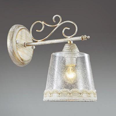 Светильник Lumion 3308/1WКлассические<br>Воздушность  и элегантность  - основные черты серии Toinetta. Тканевые рюши прекрасно сочетаются со сложнофактурным стеклом, которое дает мягкий рассеянный свет. Изящные изгибы арматуры еще более усиливают эффект легкости модели.<br><br>Крепление: Настенное<br>Тип лампы: Накаливания / энергосбережения / светодиодная<br>Тип цоколя: E14<br>Количество ламп: 1<br>Диаметр, мм мм: 140<br>Расстояние от стены, мм: 240<br>Высота, мм: 235<br>MAX мощность ламп, Вт: 40