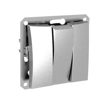Lexel Дуэт серебро Трехклавишный выключатель (сх.3) (SE WDE000331)розетки и выключатели LEXEL Дуэт серебро<br><br><br>Оттенок (цвет): серебристый