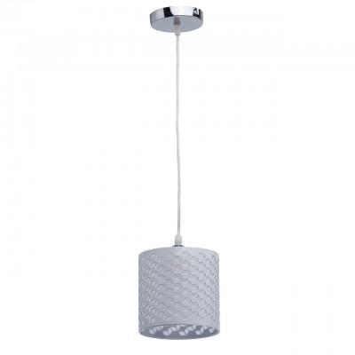 Светильник De Markt 333012201Одиночные<br>333012201 - это Современный дизайн и необычное воплощение отличают подвесной светильник из коллекции Скарлет. Хромированное металлическое основание дополнено белым плафоном из металла. Его главная особенность - перфорация в геометрическом стиле, за счет чего светильник выглядит особенно интересно и оригинально. А акриловая вставка с сияющим 3D эффектом только усиливает - это впечатление.<br><br>S освещ. до, м2: 3<br>Тип лампы: накаливания / энергосбережения / LED-светодиодная<br>Тип цоколя: E27<br>Цвет арматуры: серебристый хром<br>Количество ламп: 1<br>Диаметр, мм мм: 150<br>Длина цепи/провода, мм: 900<br>Высота, мм: 1100<br>MAX мощность ламп, Вт: 60