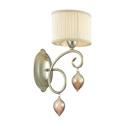Odeon light IDERINA 3397/1W Светильник настенный браКлассические<br><br><br>Тип лампы: Накаливания / энергосбережения / светодиодная<br>Тип цоколя: E14<br>Количество ламп: 1<br>Ширина, мм: 200<br>MAX мощность ламп, Вт: 40<br>Расстояние от стены, мм: 240<br>Высота, мм: 335