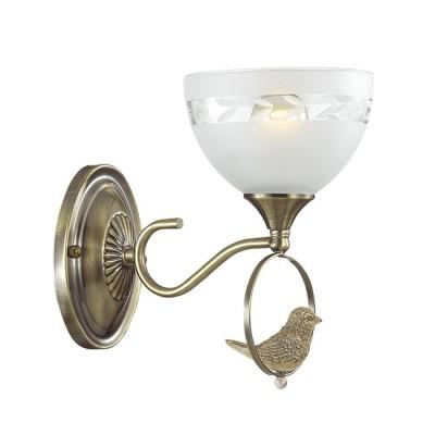 Светильник Lumion 3403/1WКлассические<br><br><br>Крепление: Настенное<br>Тип лампы: Накаливания / энергосбережения / светодиодная<br>Тип цоколя: E14<br>Количество ламп: 1<br>Ширина, мм: 153<br>MAX мощность ламп, Вт: 40<br>Расстояние от стены, мм: 245<br>Высота, мм: 230