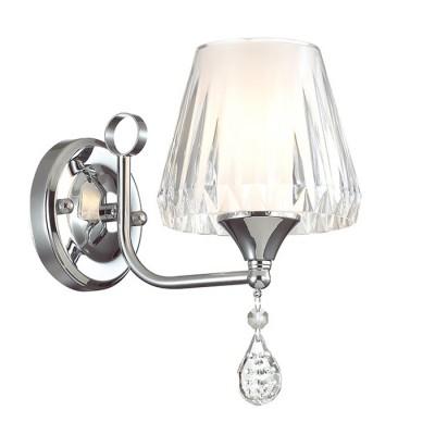 Светильник Lumion 3411/1WСовременные<br>Грациозная серия Modesta - это воздушная серия с изящным основанием в цвете хром и органичными белыми стеклянными плафонами с рифленой фактурой. Хрустальные подвески и декор на основании придают изделию еще больше шарма.<br><br>Крепление: Настенное<br>Тип лампы: Накаливания / энергосбережения / светодиодная<br>Тип цоколя: E14<br>Количество ламп: 1<br>Ширина, мм: 140<br>MAX мощность ламп, Вт: 40<br>Расстояние от стены, мм: 220<br>Высота, мм: 240