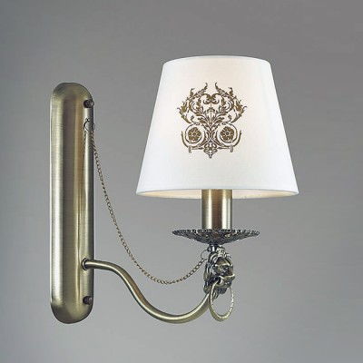 Светильник Lumion 3427/1WКлассические<br>Бронзовый цвет основания, благородные декоры, абажур с оригинальным орнаментом, металлические цепочки все это создает элегантный и грциозный образ серии Agatta.<br><br>Крепление: Настенное<br>Тип лампы: Накаливания / энергосбережения / светодиодная<br>Тип цоколя: E14<br>Количество ламп: 1<br>Ширина, мм: 150<br>Расстояние от стены, мм: 260<br>Высота, мм: 260<br>MAX мощность ламп, Вт: 40