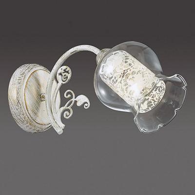 Светильник Lumion 3430/1WКлассические<br>Серия Olivi является необычайно элегантной благодаря используемым  двойным плафонам: внутреннему цилиндрическому с утонченным классическим орнаментом  и прозрачному внешнему. На основании белого цвета с патиной нанесен золотистый растительный орнамент.<br><br>Крепление: Настенное<br>Тип лампы: Накаливания / энергосбережения / светодиодная<br>Тип цоколя: E14<br>Количество ламп: 1<br>Ширина, мм: 120<br>Расстояние от стены, мм: 305<br>Высота, мм: 160<br>MAX мощность ламп, Вт: 40