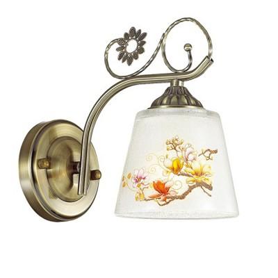 Светильник Lumion 3432/1WСовременные<br>В серии Urbena используются оригинальные стеклянные белые плафоны с утонченным восточным орнаментом в стиле японской акварели. Плафоны идеально сочетаются с элегантным основанием в цвете бронза.<br><br>Крепление: Настенное<br>Тип лампы: Накаливания / энергосбережения / светодиодная<br>Тип цоколя: E14<br>Количество ламп: 1<br>Ширина, мм: 120<br>Расстояние от стены, мм: 205<br>Высота, мм: 200<br>MAX мощность ламп, Вт: 40