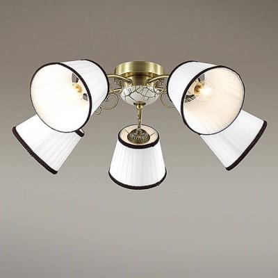 Светильник Lumion 3451/5CПотолочные<br>Компактная, функциональная серия Ulali с тканевыми плессированными абажурами с черной окантовкой - отличное решение для тех, кто ценит комфорт. На центральной чаше  светильника используется эффект состаривания.<br><br>Установка на натяжной потолок: Да<br>S освещ. до, м2: 15<br>Крепление: Потолочное<br>Тип лампы: Накаливания / энергосбережения / светодиодная<br>Тип цоколя: E14<br>Количество ламп: 5<br>MAX мощность ламп, Вт: 60<br>Диаметр, мм мм: 640<br>Высота, мм: 220