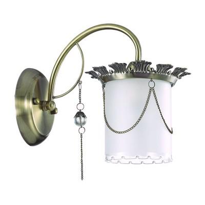 Светильник Lumion 3457/1WСовременные<br>Серия Liberta -   изящная серия с утонченным декором. В ней используются изящные плафоны из белого матового стекла с оригинальным ажурным кантом. Плафоны декорированы металлическими цепочками, придающими светильнику особую стильность.<br><br>Крепление: Настенное<br>Тип лампы: Накаливания / энергосбережения / светодиодная<br>Тип цоколя: E14<br>Количество ламп: 1<br>Ширина, мм: 160<br>MAX мощность ламп, Вт: 40<br>Расстояние от стены, мм: 250<br>Высота, мм: 240
