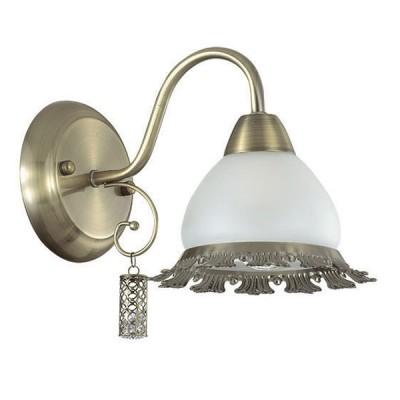Светильник Lumion 3458/1Wклассические бра<br>Оригинальный по форме плафон, декорированный экстравагантными  подвесками, будет давать мягкое и комфортное освещение. В светильнике используется основание в цвете бронза, эффектно декорированное стильными металлическими подвесками.<br><br>Крепление: Настенное<br>Тип лампы: Накаливания / энергосбережения / светодиодная<br>Тип цоколя: E14<br>Количество ламп: 1<br>Ширина, мм: 160<br>Длина, мм: 250<br>Высота, мм: 200<br>MAX мощность ламп, Вт: 40