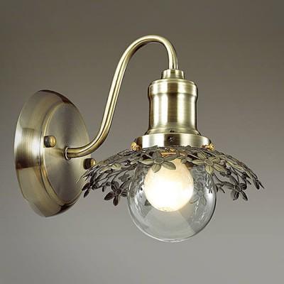 Светильник Lumion 3468/1WКлассические<br>Экстравагантная серия с ажурным плафоном в цвете  глянцевой бронза  и дополнительным прозрачным  стеклянным плафоном станет очаровательной  изюминкой  любого интерьера.<br><br>Крепление: Настенное<br>Тип лампы: Накаливания / энергосбережения / светодиодная<br>Тип цоколя: E14<br>Количество ламп: 1<br>Ширина, мм: 160<br>MAX мощность ламп, Вт: 40<br>Расстояние от стены, мм: 205<br>Высота, мм: 190