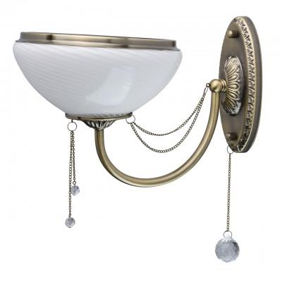 Светильник Mw-light 347028801Классика<br>347028801 - это По-царски грациозная люстра из коллекции «Фелиция» станет достойным украшением гостиной или любой другой комнаты, оформленной в классическом стиле. Основание из металла цвета античной бронзы подчеркнуто широкими чашами плафонов из глянцевого рифленого стекла. Белый тон дополнен металлической окантовкой в цвет основания, придающей дизайну завершенность. Резные элементы, украшающие центральную часть и розетки светильника, а также декоративные цепочки с хрустальными подвесами придают люстре неповторимое очарование.<br><br>S освещ. до, м2: 3<br>Тип лампы: накаливания / энергосбережения / LED-светодиодная<br>Тип цоколя: E27<br>Количество ламп: 1<br>Ширина, мм: 210<br>MAX мощность ламп, Вт: 60<br>Длина, мм: 320<br>Высота, мм: 300<br>Цвет арматуры: бронзовый