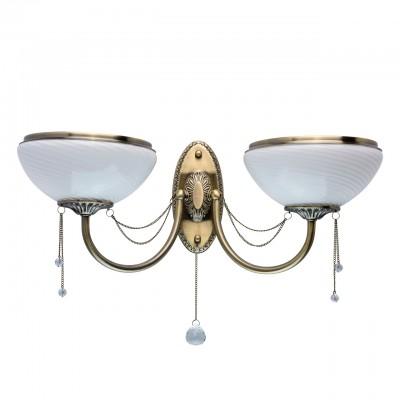 Светильник Mw-light 347028902Классика<br>347028902 - это По-царски грациозная люстра из коллекции «Фелиция» станет достойным украшением гостиной или любой другой комнаты, оформленной в классическом стиле. Основание из металла цвета античной бронзы подчеркнуто широкими чашами плафонов из глянцевого рифленого стекла. Белый тон дополнен металлической окантовкой в цвет основания, придающей дизайну завершенность. Резные элементы, украшающие центральную часть и розетки светильника, а также декоративные цепочки с хрустальными подвесами придают люстре неповторимое очарование.<br><br>S освещ. до, м2: 6<br>Тип товара: Светильник настенный бра<br>Тип лампы: накаливания / энергосбережения / LED-светодиодная<br>Тип цоколя: E27<br>Количество ламп: 2<br>Ширина, мм: 210<br>MAX мощность ламп, Вт: 60<br>Длина, мм: 550<br>Высота, мм: 300<br>Цвет арматуры: бронзовый