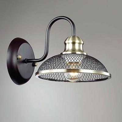 Светильник Lumion 3472/1WРустика<br>Стильная коллекция с нотками стиля кантри станет украшением  интерьера и сделает ваш дом еще уютнее. В плафонх испольется металлическая сетка, которая создаст эффектное светоотражение.<br><br>Крепление: Настенное<br>Тип лампы: Накаливания / энергосбережения / светодиодная<br>Тип цоколя: E27<br>Количество ламп: 1<br>Ширина, мм: 180<br>MAX мощность ламп, Вт: 60<br>Расстояние от стены, мм: 240<br>Высота, мм: 170