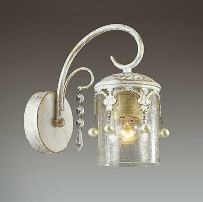 Светильник Lumion 3481/1WКлассические<br>Элегантная, легкая серия Tibo в белом цвете с золотой патиной  будет смотреться изящно и стильно в любом интерьере. Металлические декоры в готическом стиле в сочетании с толстым стеклом создают атмосферу легкости и торжественности.<br><br>Крепление: Настенное<br>Тип лампы: Накаливания / энергосбережения / светодиодная<br>Тип цоколя: E14<br>Количество ламп: 1<br>Ширина, мм: 110<br>Расстояние от стены, мм: 210<br>Высота, мм: 225<br>MAX мощность ламп, Вт: 60