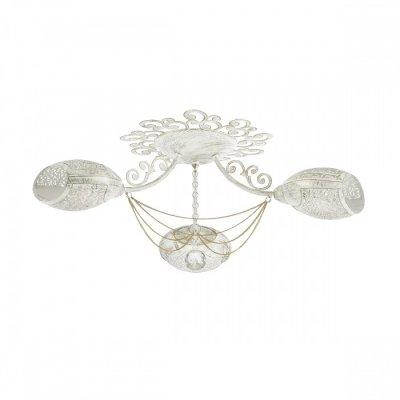 Светильник Lumion 3500/3CОжидается<br>Серия Melbano выполнена из металлического каркаса и металлических плафонов белого цвета с золотой патиной. Красивые декоративные элементы, изящные цепочки и вырезные плафоны придают этой серии экзотичность<br><br>Тип цоколя: E14<br>Количество ламп: 3<br>Ширина, мм: 630<br>MAX мощность ламп, Вт: 40<br>Длина, мм: 630<br>Оттенок (цвет): белый / зол.патина
