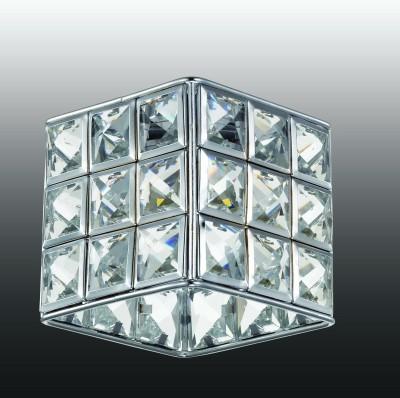 Novotech ELF-LED 357157 Встраиваемый светильникКвадратные LED<br>Встраиваемые светильники – популярное осветительное оборудование, которое можно использовать в качестве основного источника или в дополнение к люстре. Они позволяют создать нужную атмосферу атмосферу и привнести в интерьер уют и комфорт.   Интернет-магазин «Светодом» предлагает стильный встраиваемый светильник Novotech 357157. Данная модель достаточно универсальна, поэтому подойдет практически под любой интерьер. Перед покупкой не забудьте ознакомиться с техническими параметрами, чтобы узнать тип цоколя, площадь освещения и другие важные характеристики.   Приобрести встраиваемый светильник Novotech 357157 в нашем онлайн-магазине Вы можете либо с помощью «Корзины», либо по контактным номерам. Мы развозим заказы по Москве, Екатеринбургу и остальным российским городам.<br><br>Установка на натяжной потолок: имеется<br>S освещ. до, м2: 3<br>Тип лампы: светодиодная<br>Цвет арматуры: серебристый хром<br>Количество ламп: 1<br>Ширина, мм: 85<br>Диаметр врезного отверстия, мм: 60<br>Длина, мм: 85<br>Высота, мм: 100<br>Оттенок (цвет): серебристый<br>MAX мощность ламп, Вт: 3