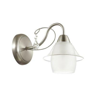 Бра Lumion 3685/1W BRITTANYОжидается<br><br><br>Тип цоколя: E14<br>Цвет арматуры: никель/стекло<br>Количество ламп: 1<br>Поверхность арматуры: матовый<br>MAX мощность ламп, Вт: 40