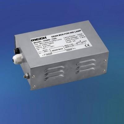 Novotech 369179ЭПРА для ламп <br>Размеры: 198Х132Х72 ммПРА для металлогалогенных ламп HQI 150W. Используется как комплектующее устройство к светильникам:369130, 369131, 369213, 369214, 369262, 369263<br>