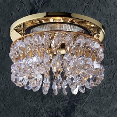 Светильник Novotech 369335 золото CrystalsХрустальные<br>Светильники для низковольтных галогенных ламп. Материал: алюминиевое литье. Хрусталь.<br><br>S освещ. до, м2: 3<br>Тип товара: Встраиваемый светильник<br>Тип лампы: галогенная<br>Тип цоколя: GU5.3 (MR16)<br>Количество ламп: 1<br>MAX мощность ламп, Вт: 50<br>Диаметр, мм мм: 91<br>Диаметр врезного отверстия, мм: 68<br>Высота, мм: 66<br>Оттенок (цвет): прозрачный<br>Цвет арматуры: Золотой
