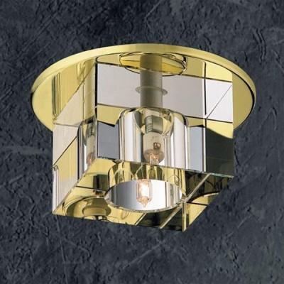 Novotech CUBIC 369382 Встраиваемый светильникКвадратные<br>Встраиваемые светильники – популярное осветительное оборудование, которое можно использовать в качестве основного источника или в дополнение к люстре. Они позволяют создать нужную атмосферу атмосферу и привнести в интерьер уют и комфорт. <br> Интернет-магазин «Светодом» предлагает стильный встраиваемый светильник Novotech 369382. Данная модель достаточно универсальна, поэтому подойдет практически под любой интерьер. Перед покупкой не забудьте ознакомиться с техническими параметрами, чтобы узнать тип цоколя, площадь освещения и другие важные характеристики. <br> Приобрести встраиваемый светильник Novotech 369382 в нашем онлайн-магазине Вы можете либо с помощью «Корзины», либо по контактным номерам. Мы развозим заказы по Москве, Екатеринбургу и остальным российским городам.<br><br>S освещ. до, м2: 3<br>Тип лампы: галогенная<br>Тип цоколя: GX6.35<br>Количество ламп: 1<br>MAX мощность ламп, Вт: 50<br>Диаметр, мм мм: 110<br>Диаметр врезного отверстия, мм: 80<br>Высота, мм: 87<br>Оттенок (цвет): прозрачный<br>Цвет арматуры: Золотой