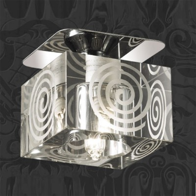 Novotech CUBIC 369515 Встраиваемый светильникКвадратные<br>Декоративный встраиваемый неповоротный светильник модели Novotech 369515 из серии CUBIC отличается следующим качеством: Основание светильника сделано из металла. Это популярный и востребованный материал благодаря ряду качеств. К ним относится: повышенная прочность, износостойкость и долговечность. Декоративный плафон произведен из хрусталя. Он обладает высоким показателем плотности, прозрачности и блеска. Благодаря содержанию свинца (не менее 30%) и определённому подбору углов, образуемых гранями, изделия из хрусталя отличаются необыкновенно яркой, многоцветной игрой света, чарующей магией красоты, совершенства и роскоши.<br><br>S освещ. до, м2: 2<br>Тип лампы: галогенная<br>Тип цоколя: G9<br>Количество ламп: 1<br>MAX мощность ламп, Вт: 40<br>Диаметр, мм мм: 70<br>Диаметр врезного отверстия, мм: 55<br>Высота, мм: 90<br>Оттенок (цвет): прозрачный<br>Цвет арматуры: серебристый