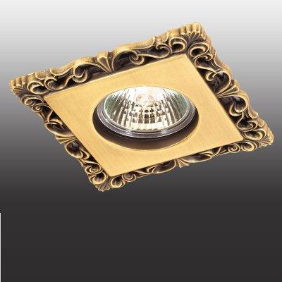 Novotech FLOWER 369834 Точечный встраиваемый светильникКвадратные<br>Декоративный встраиваемый светильник модели Novotech 369834 из серии FLOWER отличается следующим качеством: Светильник произведен из сплава цинка. Благодаря сравнительно высоким механическим и литейным качествам, изделия, выполненные из сплава цинка, отличаются высокой точностью деталей декора со сложной конфигурацией. Так же он обладает антикоррозийными свойствами.<br><br>Тип лампы: галогенная<br>Тип цоколя: GU5.3 (MR16)<br>Ширина, мм: 100<br>MAX мощность ламп, Вт: 50<br>Диаметр врезного отверстия, мм: 70<br>Длина, мм: 100<br>Высота, мм: 32<br>Цвет арматуры: бронзовый