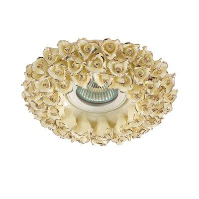 Novotech FARFOR 370045 Встраиваемый светильникКруглые<br>Декоративный встраиваемый светильник модели Novotech 370045 из серии FARFOR отличается следующим качеством: Светильник сделан из фарфора. Основным его преимуществом является то, что  современем он нетеряет  своих качеств, таких как крепость, плотность, прочность, блеск иполупрозрачность. Неподвластен фарфор икоррозии. Термин «staffage» (отнемецкого слова «staffieren», означающего одевать, наряжать, украшать) обозначает искусство украшения фарфора путем ручной росписи илиметаллической отделки (золотой, серебряной или платиновой). Такие «украшательства» придают светильнику, сделанному из фарфора, неповторимое очарование и романтичность.<br><br>S освещ. до, м2: 3<br>Тип лампы: галогенная/LED<br>Тип цоколя: GU5.3 (MR16)<br>Цвет арматуры: Золотой<br>Количество ламп: 1<br>Диаметр, мм мм: 140<br>Диаметр врезного отверстия, мм: 70<br>Высота, мм: 20<br>MAX мощность ламп, Вт: 50