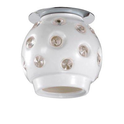 Novotech ZEFIRO 370159 Точечный встраиваемый светильникКруглые<br>Встраиваемые светильники – популярное осветительное оборудование, которое можно использовать в качестве основного источника или в дополнение к люстре. Они позволяют создать нужную атмосферу атмосферу и привнести в интерьер уют и комфорт.   Интернет-магазин «Светодом» предлагает стильный встраиваемый светильник Novotech 370159. Данная модель достаточно универсальна, поэтому подойдет практически под любой интерьер. Перед покупкой не забудьте ознакомиться с техническими параметрами, чтобы узнать тип цоколя, площадь освещения и другие важные характеристики.   Приобрести встраиваемый светильник Novotech 370159 в нашем онлайн-магазине Вы можете либо с помощью «Корзины», либо по контактным номерам. Мы развозим заказы по Москве, Екатеринбургу и остальным российским городам.<br><br>S освещ. до, м2: 2<br>Тип лампы: галогенная<br>Тип цоколя: G9<br>Количество ламп: 1<br>MAX мощность ламп, Вт: 40<br>Диаметр, мм мм: 105<br>Диаметр врезного отверстия, мм: 105<br>Высота, мм: 110<br>Цвет арматуры: серебристый