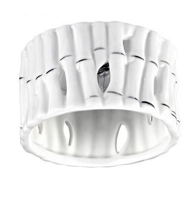 Novotech FARFOR 370210 Светильник встраиваемыйДекоративные<br>Встраиваемый декоративный светильник модели Novotech 370210 из серии FARFOR отличается следующим качеством: Корпус светильника сделан из металла. Это популярный и востребованный материал благодаря ряду качеств. К ним относится: повышенная прочность, износостойкость и долговечность. Декоративный плафон сделан из керамики. Этот материал отличает изящество форм, различные приемы передачи тончайших линий и деталей. Они ассоциируется с элегантностью, красотой и гармонией. Это широко распространенный и очень древний вид народного художественного ремесла, использующего легко доступный природный материал – глину. Глина добывается из верхних слоёв земли, а значит экологически чистый материал с мощнейшей земной энергетикой.<br><br>Тип лампы: галогенная/LED<br>Тип цоколя: G9<br>Количество ламп: 1<br>MAX мощность ламп, Вт: 40<br>Диаметр, мм мм: 90<br>Диаметр врезного отверстия, мм: 60<br>Высота, мм: 70<br>Цвет арматуры: серебристый
